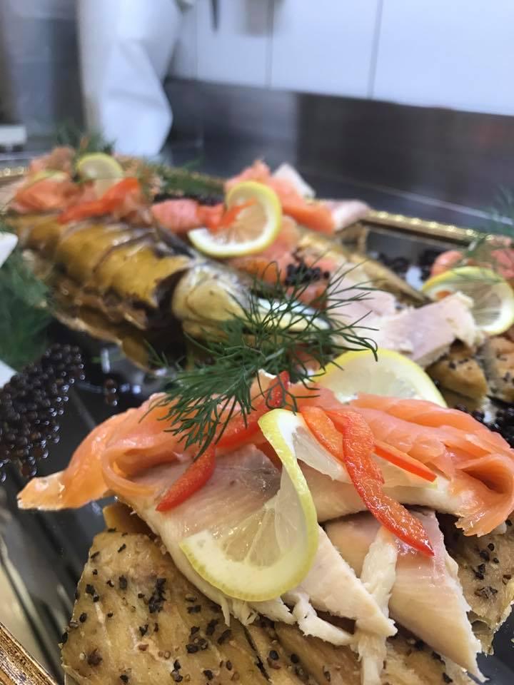 Fisch De Luxe